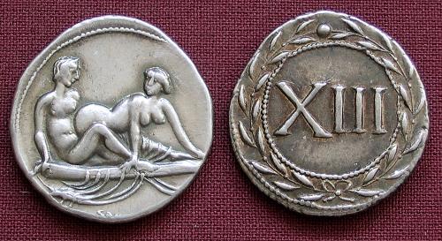 Spintrie XIII. stříbro 999 | erotický žeton (1. stol. po Kr.) Řím | replika mince